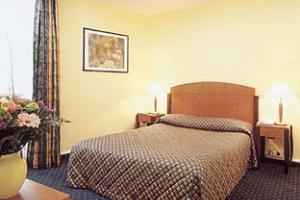 Rom på Les Trois Poussins Hotel